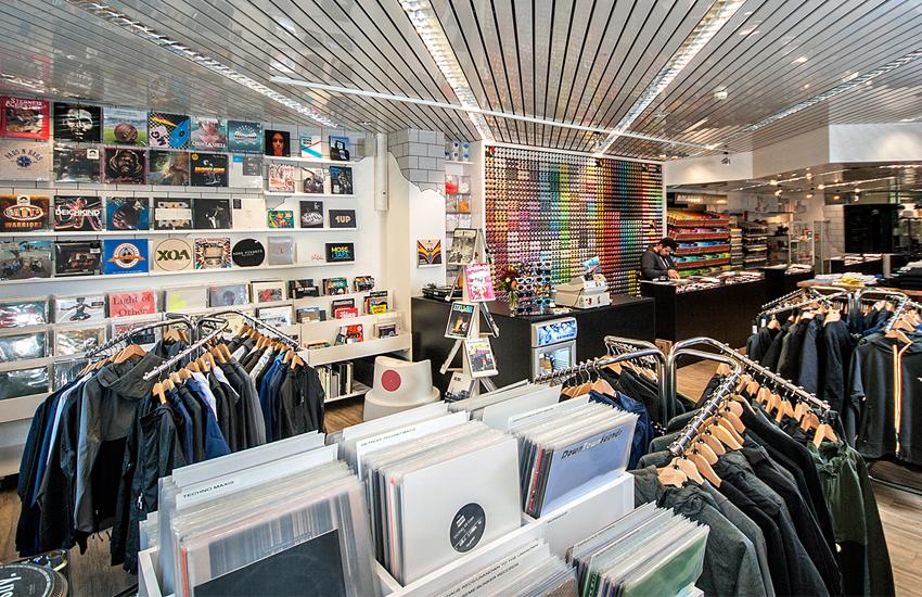 Layup Shop Monbijou
